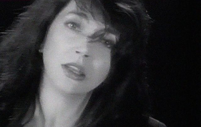 kate_bush_rocket_man_2000-1920x1219
