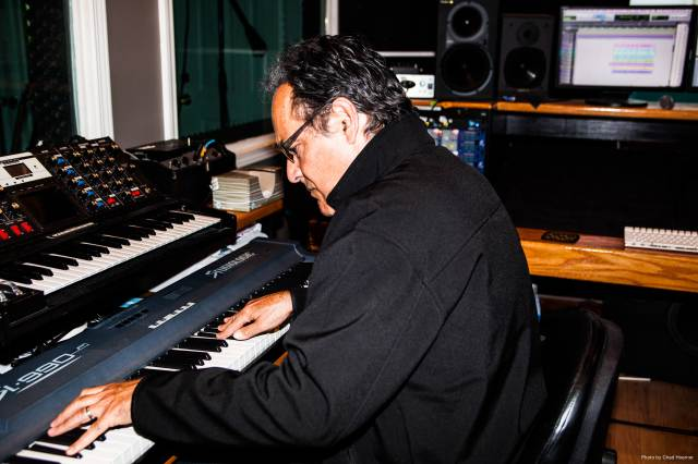 Neal Morse at keyboards